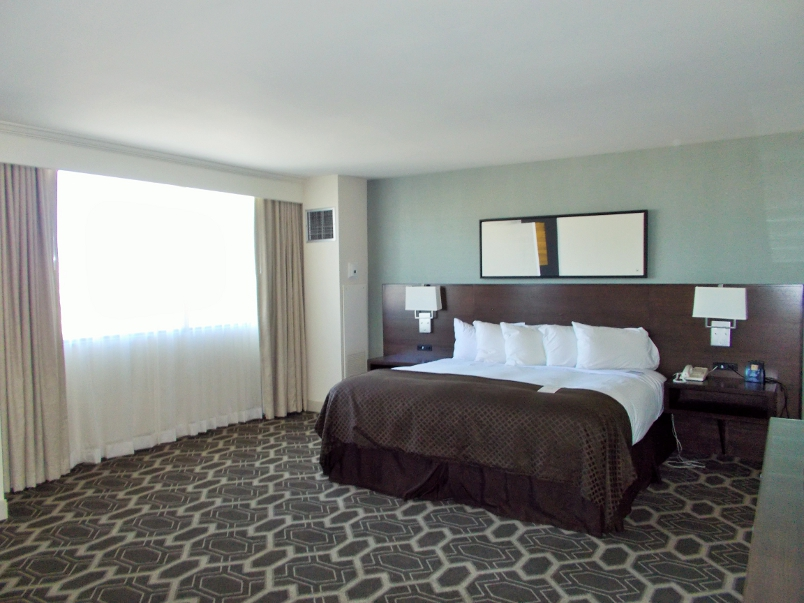 Hotel Review Doubletree By Hilton Tulsa Downtown
