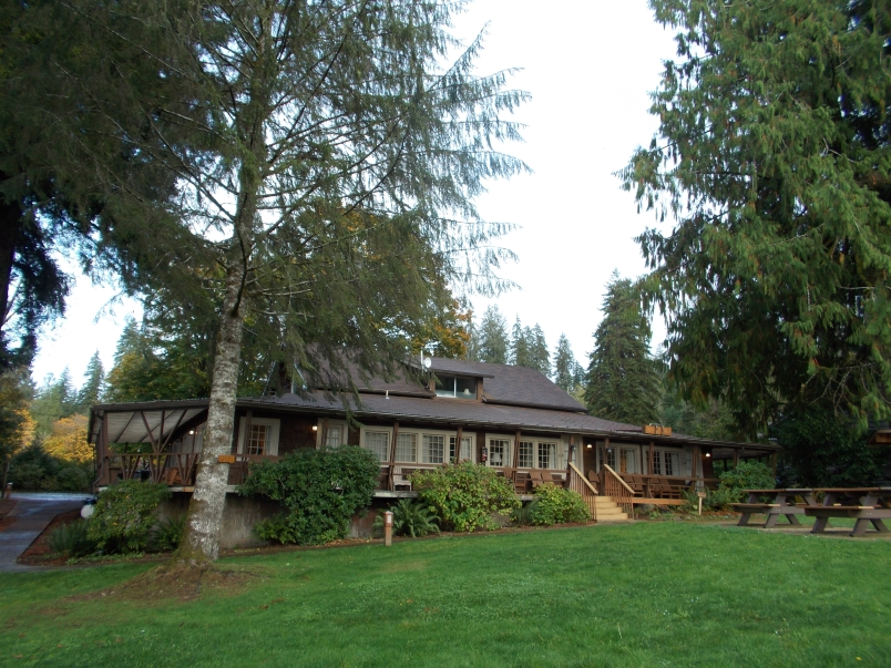 The Boathouse Lake Quinault Lodge